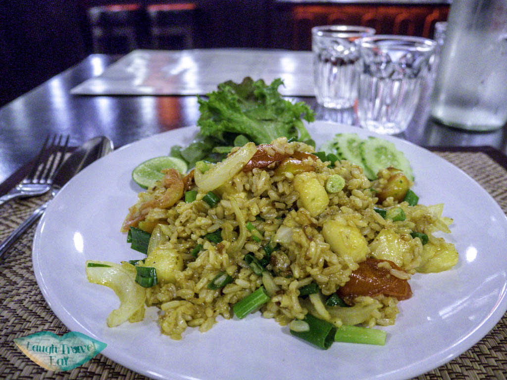 vegan-pineapple-fried-rice-goodsouls-Chiang-Mai-Thailand-Laugh-Travel-Eat