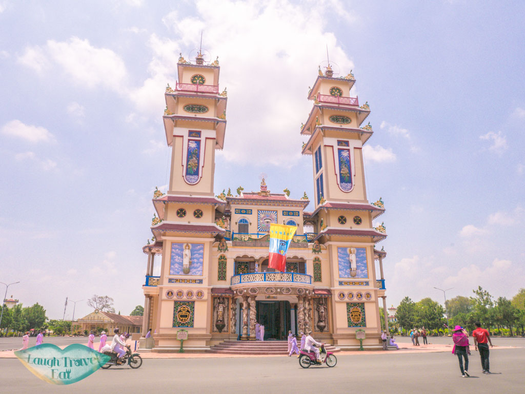 cao-dai-temple-day-trips-from-ho-chi-minh-city-vietnam-laugh-travel-eat