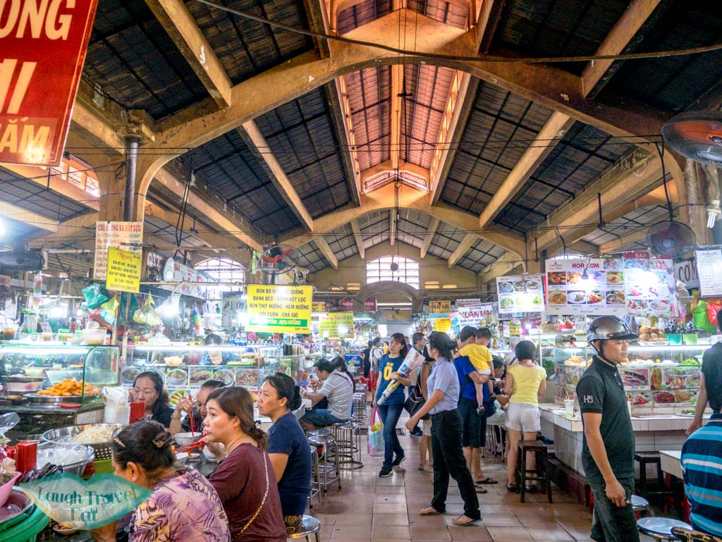 food-court-at-ben-thanh-market-ho-chi-minh-city-vietnam-laugh-travel-eat