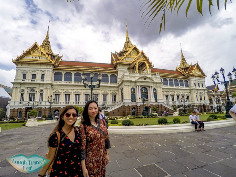 Chakri-Maha-Prasat-Hall-grand-palace-bangkok-thailand-laugh-travel-eat