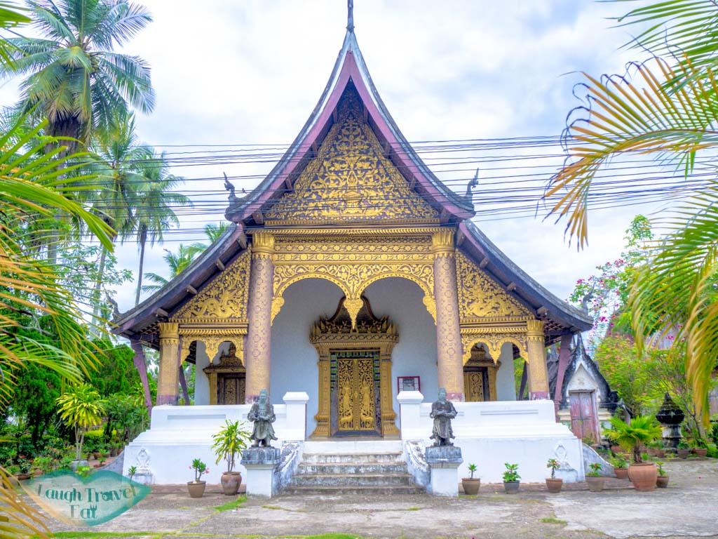 wat choumkhong luang prabang laos - laugh travel eat