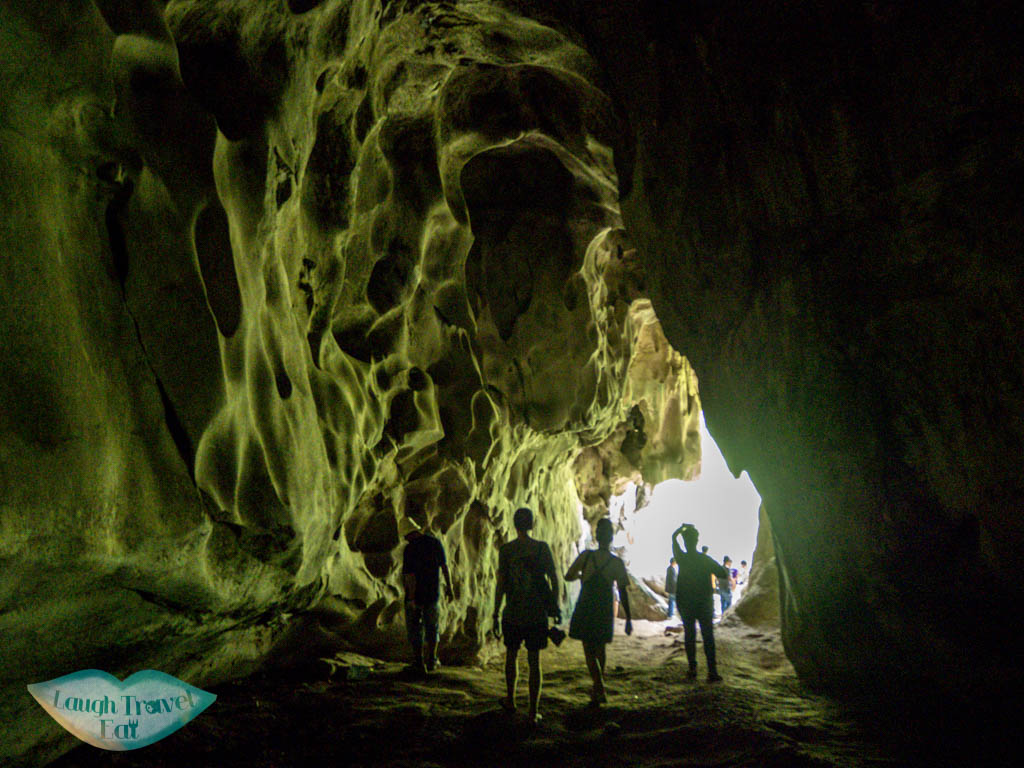pha-thonk-cave-inside-nong-khiaw-luang-prabang-laos-laugh-travel-eat