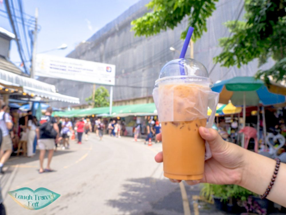 thai-milk-tea-chatuchak-market-bangkok-Thailand-laugh-travel-eat