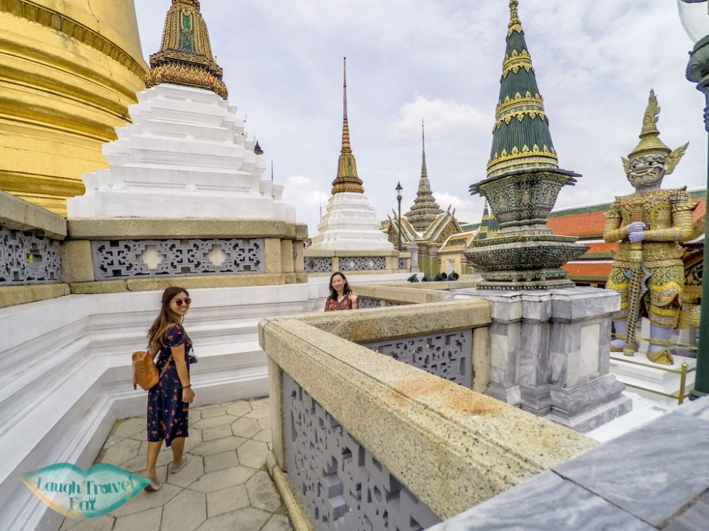 walking-around-the-grand-palace-bangkok-thailand-laugh-travel-eat1