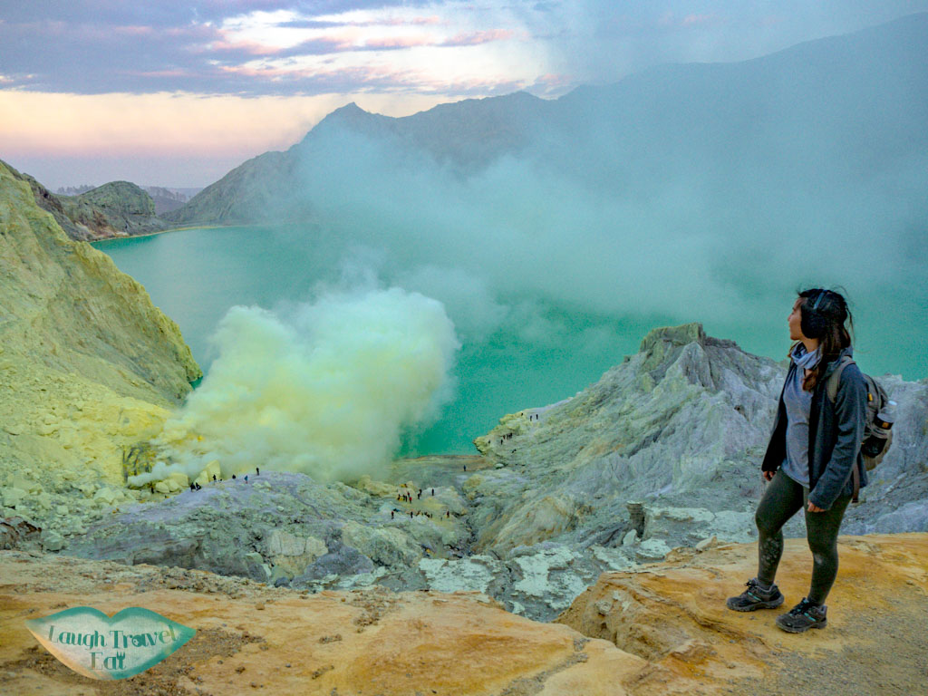 crater-kawah-ijen-java-indonesia-laugh-travel-eat