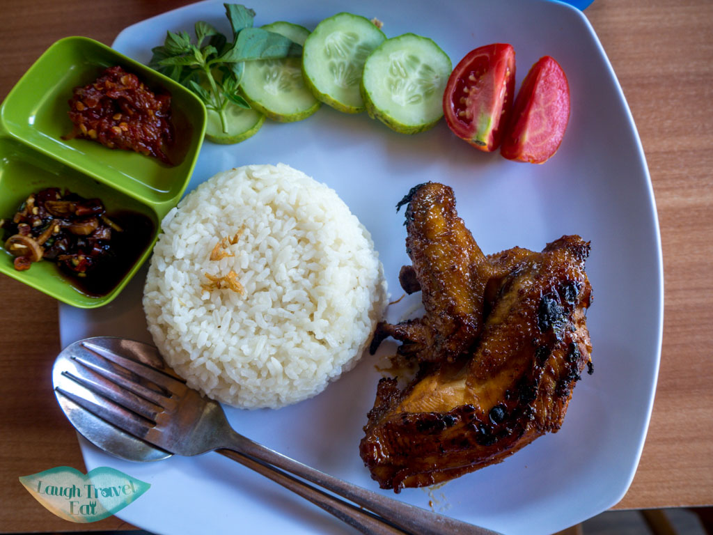 lunch-at-Probolinggo-java-indonesia-laugh-travel-eat
