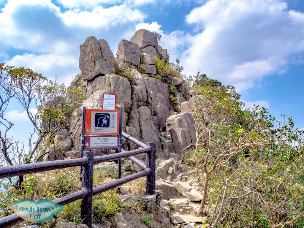 optional-head-of-lion-rock-hike-from-shatin-pass-side-kowloon-hong-kong-laugh-travel-eat