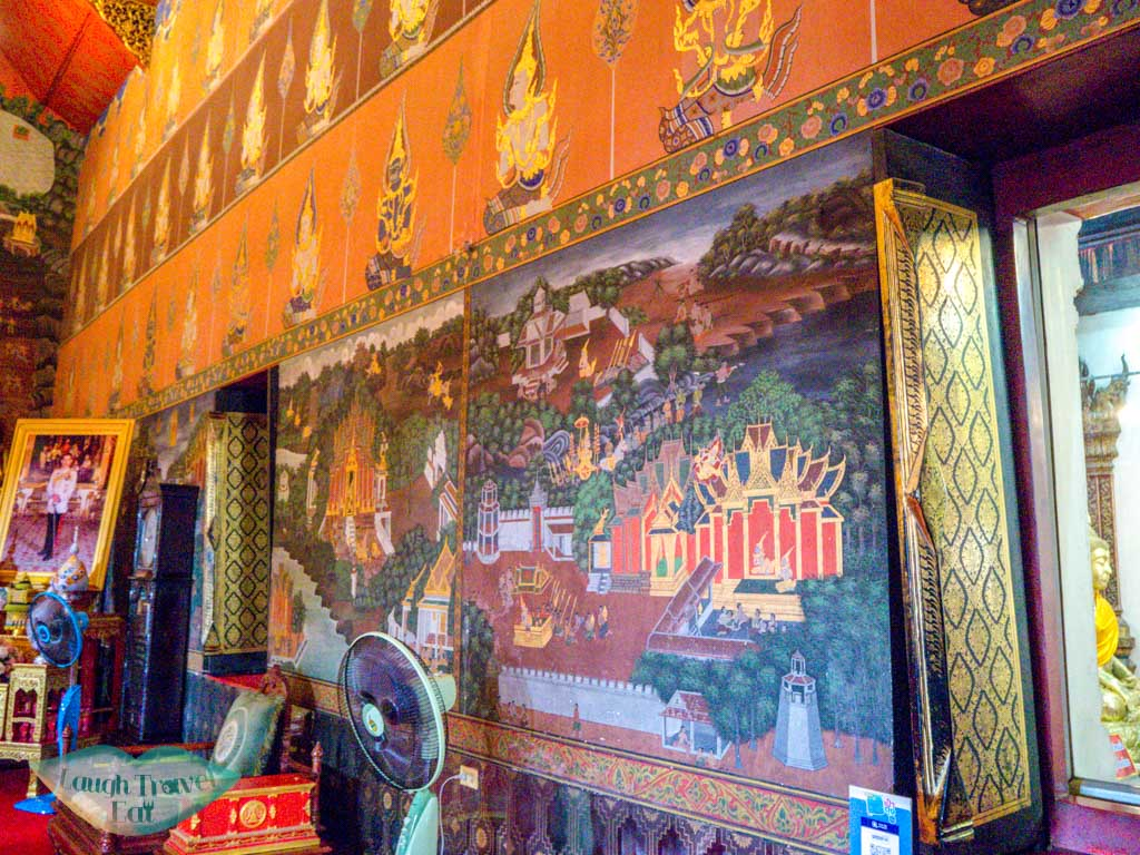 wall-fresco-Wat-Phanan-Choeng-Ayutthaya-thailand-laugh-travel-eat