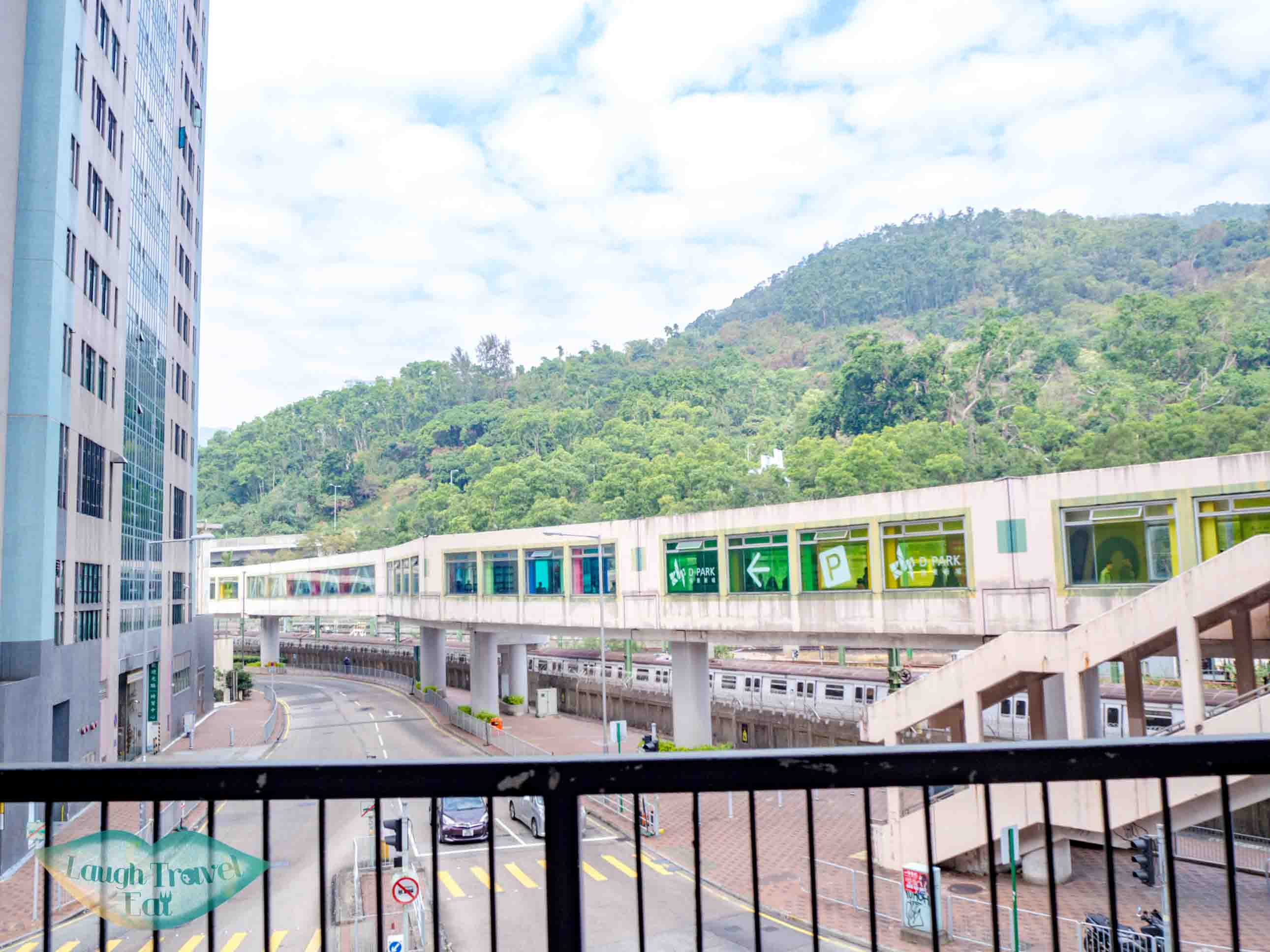 exit-to-discovery-park-pedestrian-bridge-wo-yang-shan-hong-kong-laugh-travel-eat