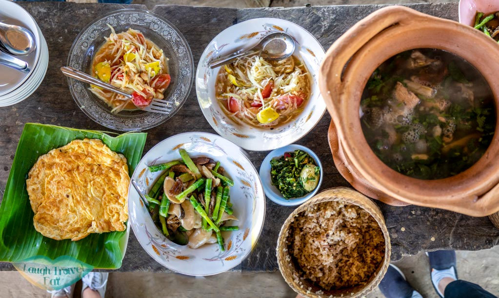 lunch-at-the-farm-sakon-nakhon-thailand-laugh-travel-eat