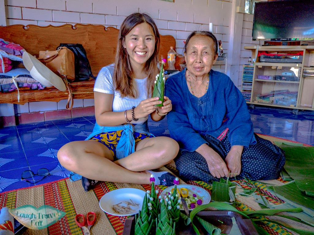 making-isan-offerings-sakon-nahkon-thailand-laugh-travel-eat