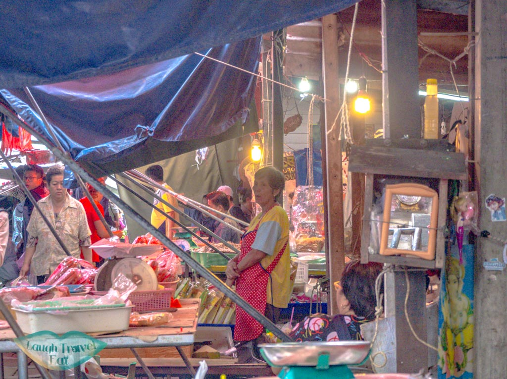 mekong-railway-market-bangkok-thailand-laugh-travel-eat