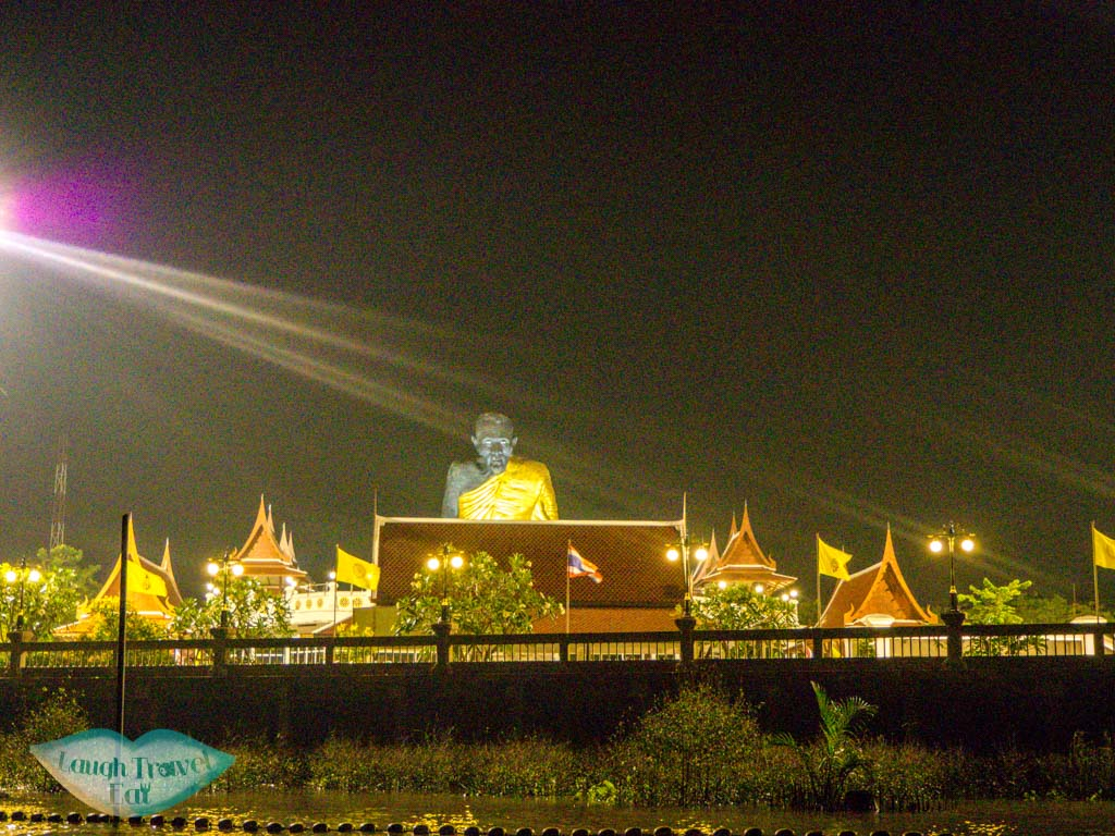 monk-statue-night-boat-amphawa-floating-market-bangkok-thailand-laugh-travel-eat