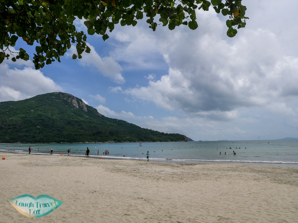 pui-o-beach-lantau-island-hong-kong-laugh-travel-eat