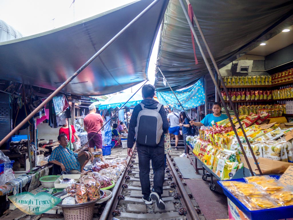 walking-in-the-maeklong-railway-market-bangkok-thailand-laugh-travel-eat