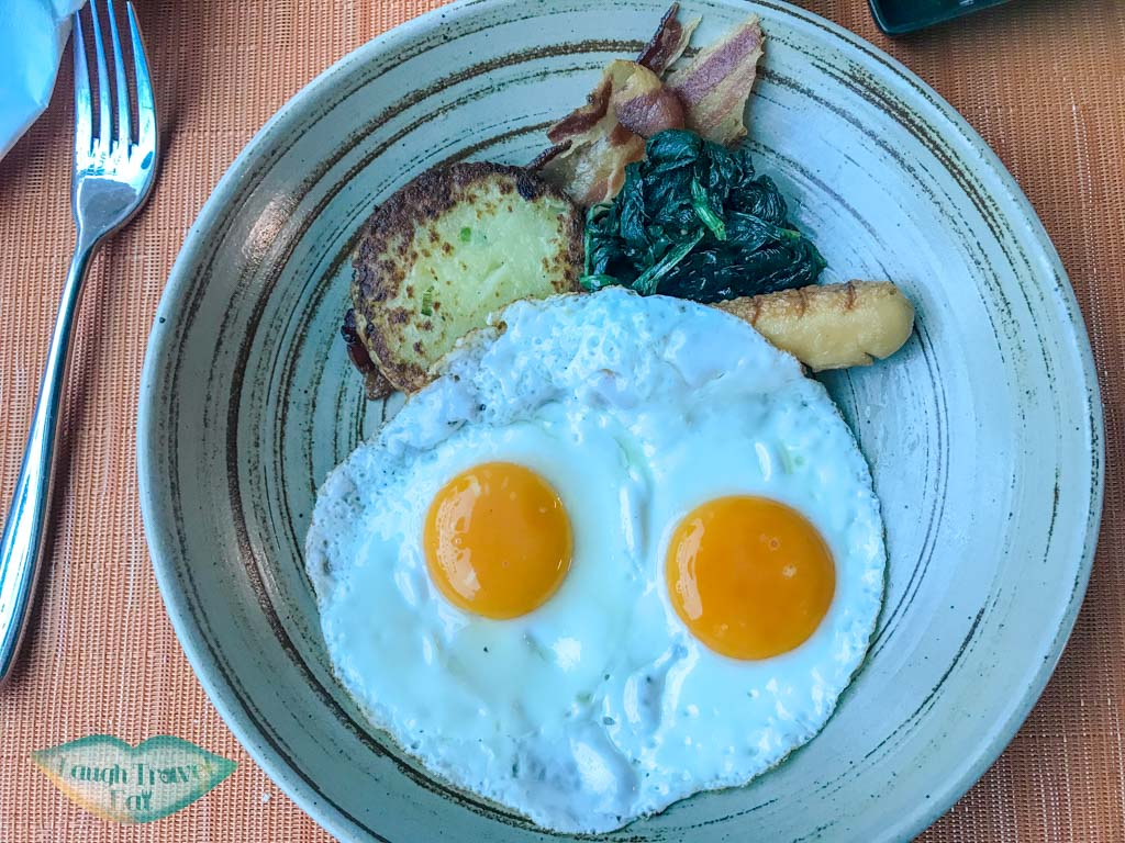 zazz-big-breakfast-zazz-urban-bangkok-thailand-laugh-travel-eat