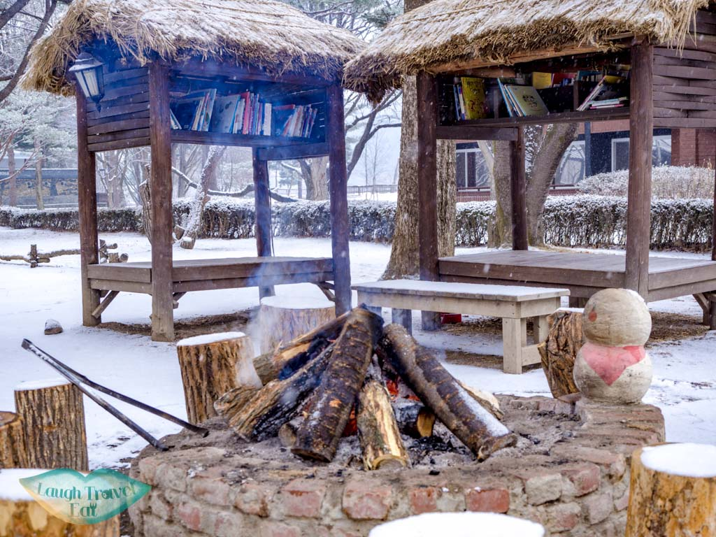 firepit-around-nami-island-gangwon-south-korea-laugh-travel-eat