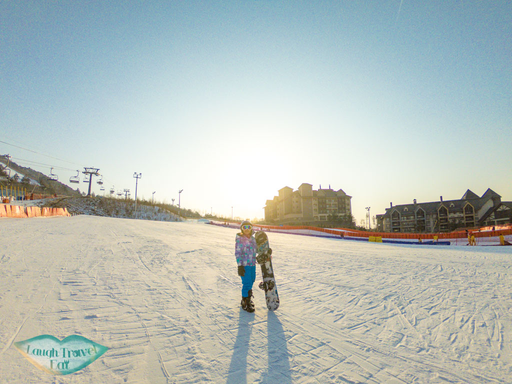 me-at-beginner-ski-slope-alpensia-resort-gangwon-south-korea-laugh-travel-eat1