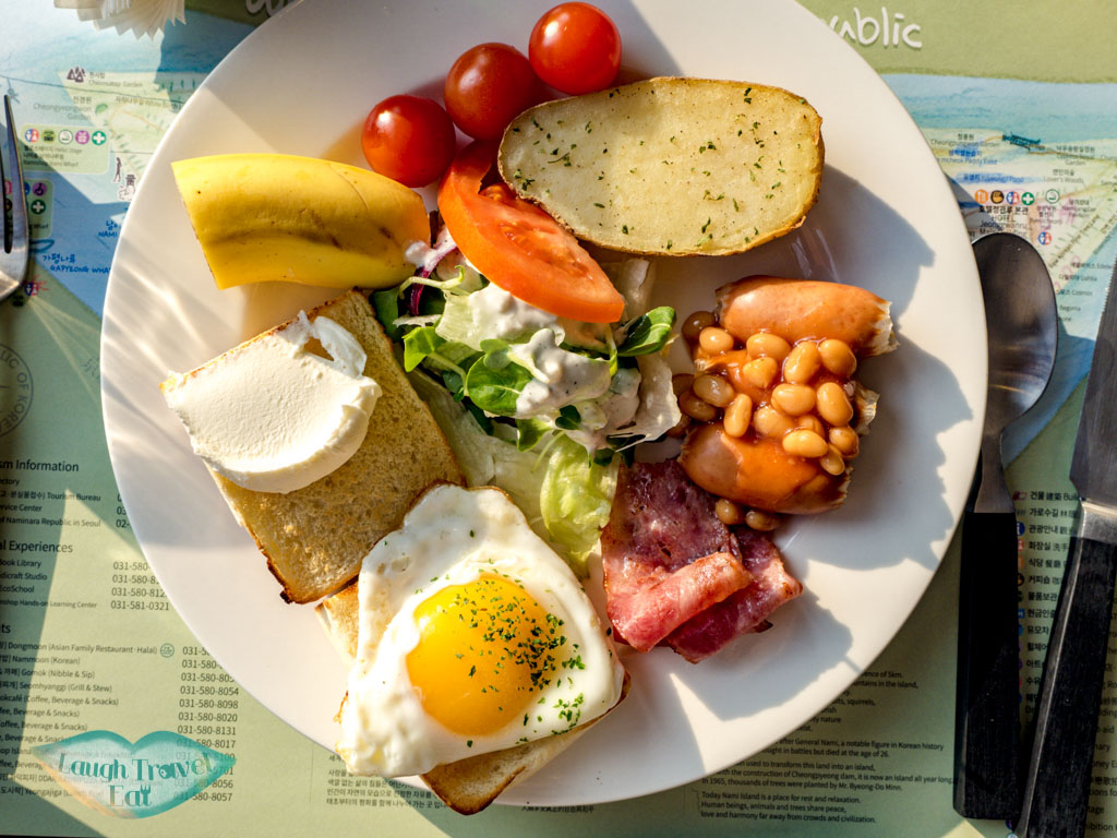 western-breakfast-cafe-islana-nami-island-gangwon-south-korea-laugh-travel-eat