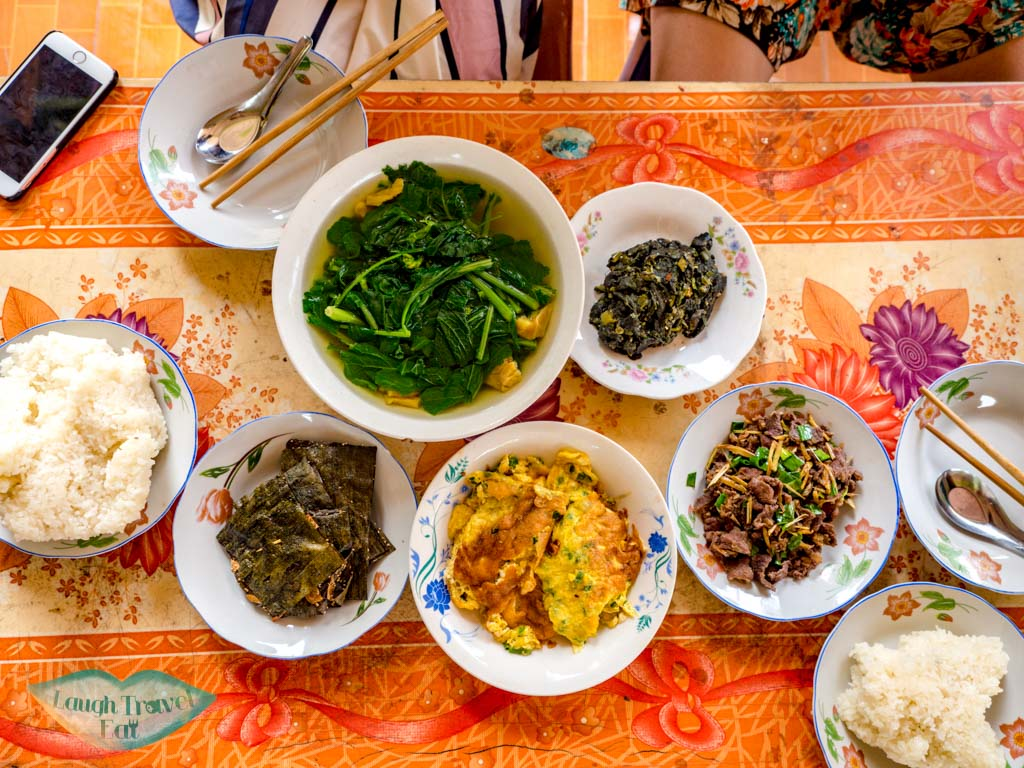 breakfast-vieng-neua-homestay-luang-namtha-laos-laugh-travel-eat