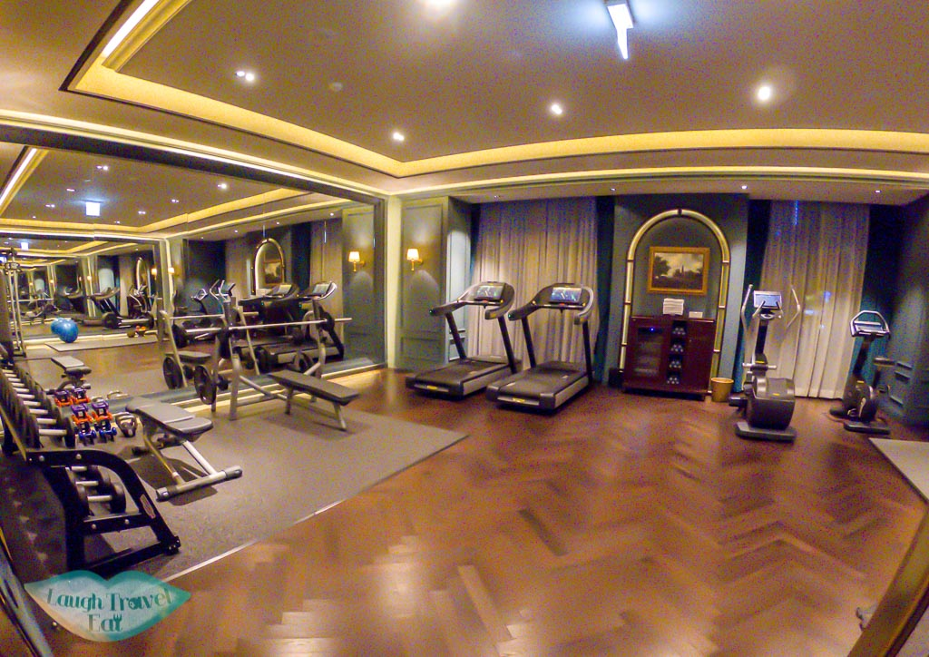 gym-lescape-hotel-myeongdong-seoul-south-korea-laugh-travel-eat