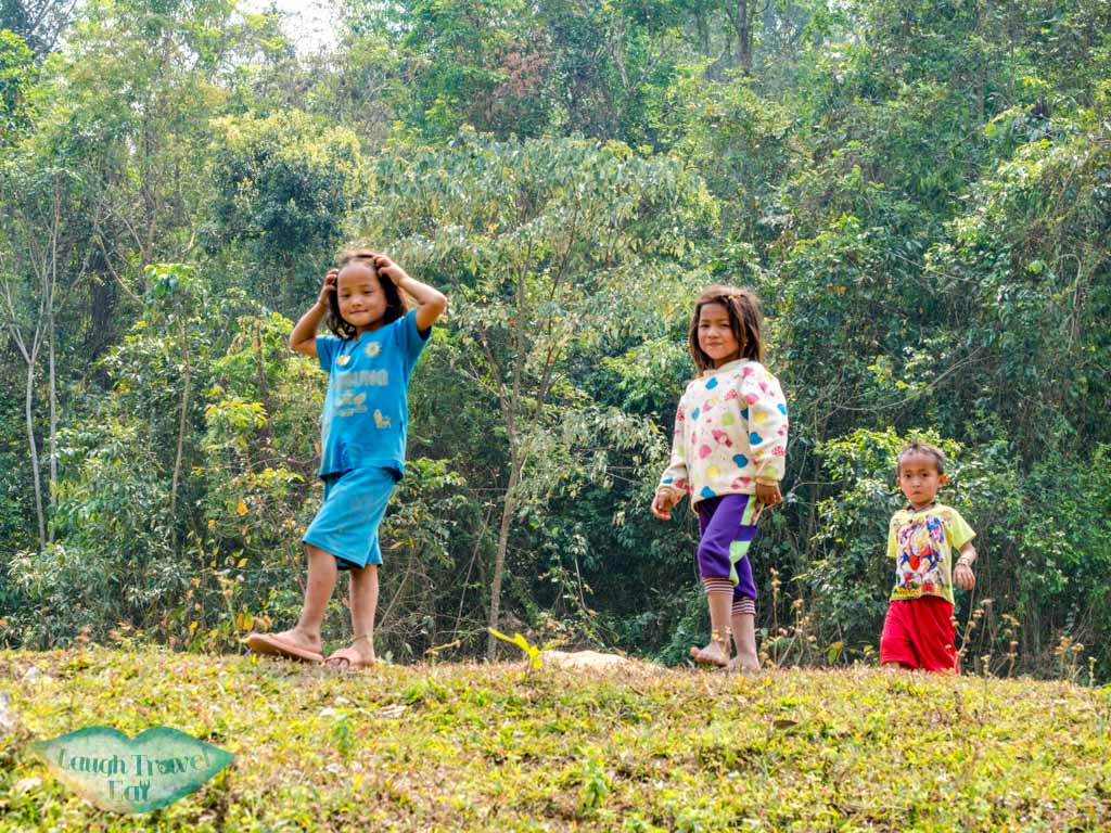 yao-children-muang-sing-tourism-center-luang-namtha-laos-laugh-travel-eat-2
