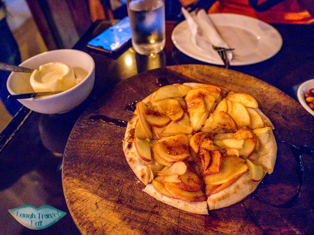 apple-pizza-tysons-kitchen-vientiane-laos-laugh-travel-eat