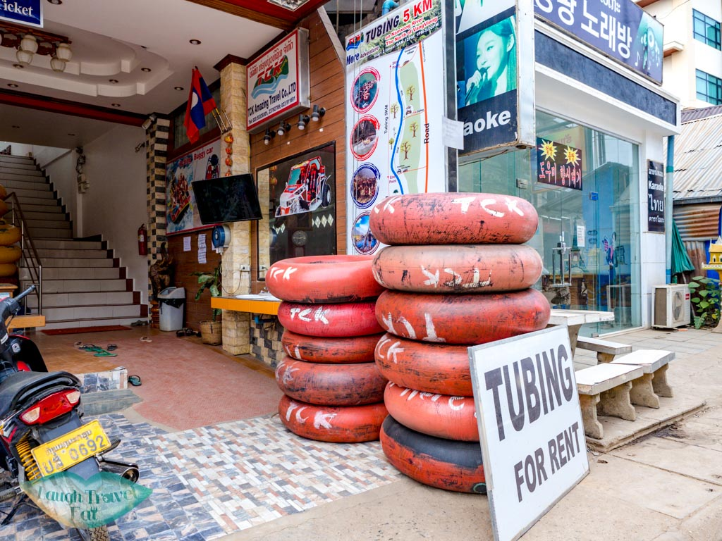 tubing-shop-vang-vieng-laos-laugh-travel-eat