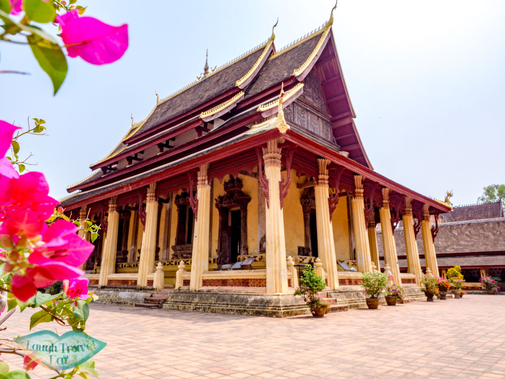 wat-sisaket-vientiane-laos-laugh-travel-eat
