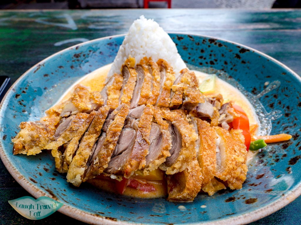 crispy duck lemongrass curry good morning vietnam berlin germany - laugh travel eat