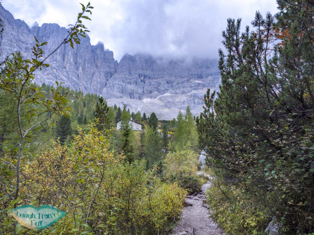 last stretch to lake sorapis hike cortina d'ampezzo dolomites italy - laugh travel eat-4