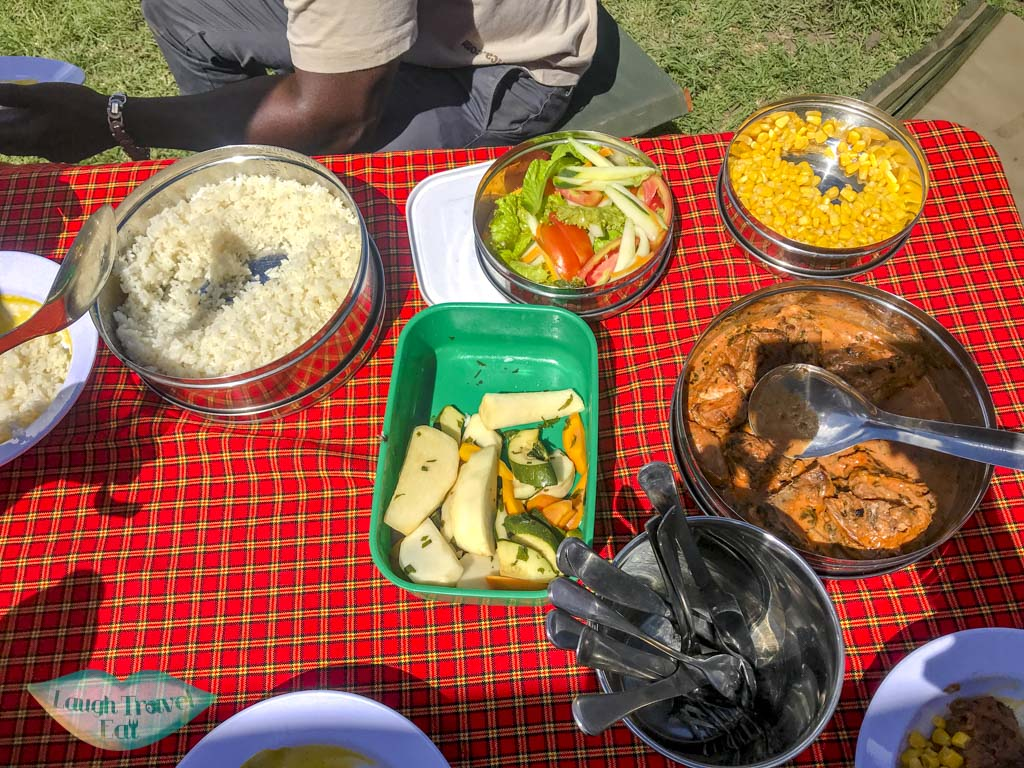 picnic lunch at ngorongoro national park tanzania - laugh travel eat-2