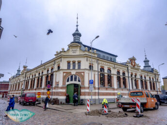 st peter's market liepaja latvia - laugh travel eat-2