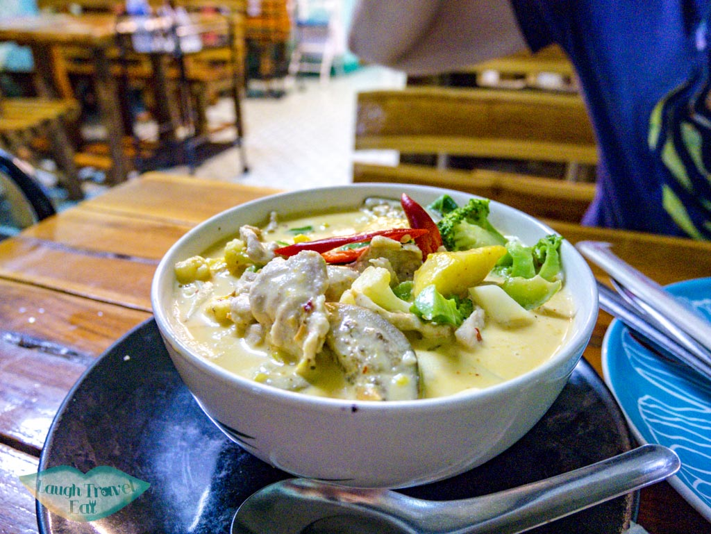curry cooking love restaurant chiang mai thailand - laugh travel eat