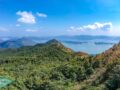 looking back from Shun Yeung Fung Pak sin leng tai po new territories hong kong - laugh travel eat