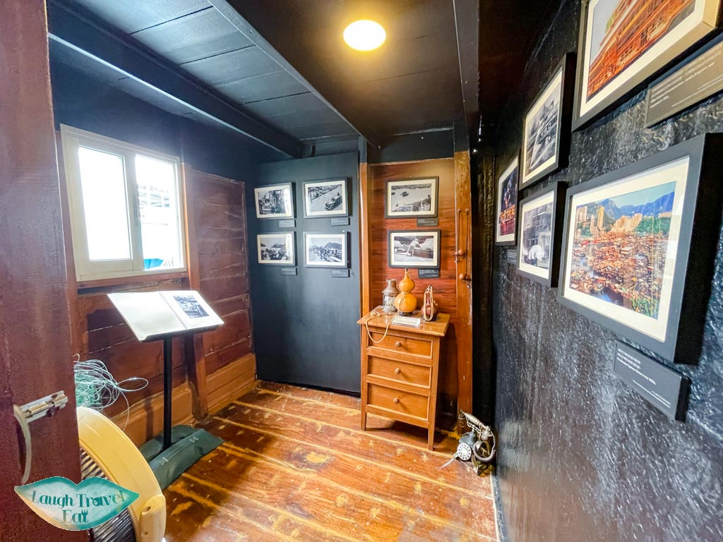 interior aberdeen 1773 houseboat aberdeen hong kong island hong kong - laugh travel eat